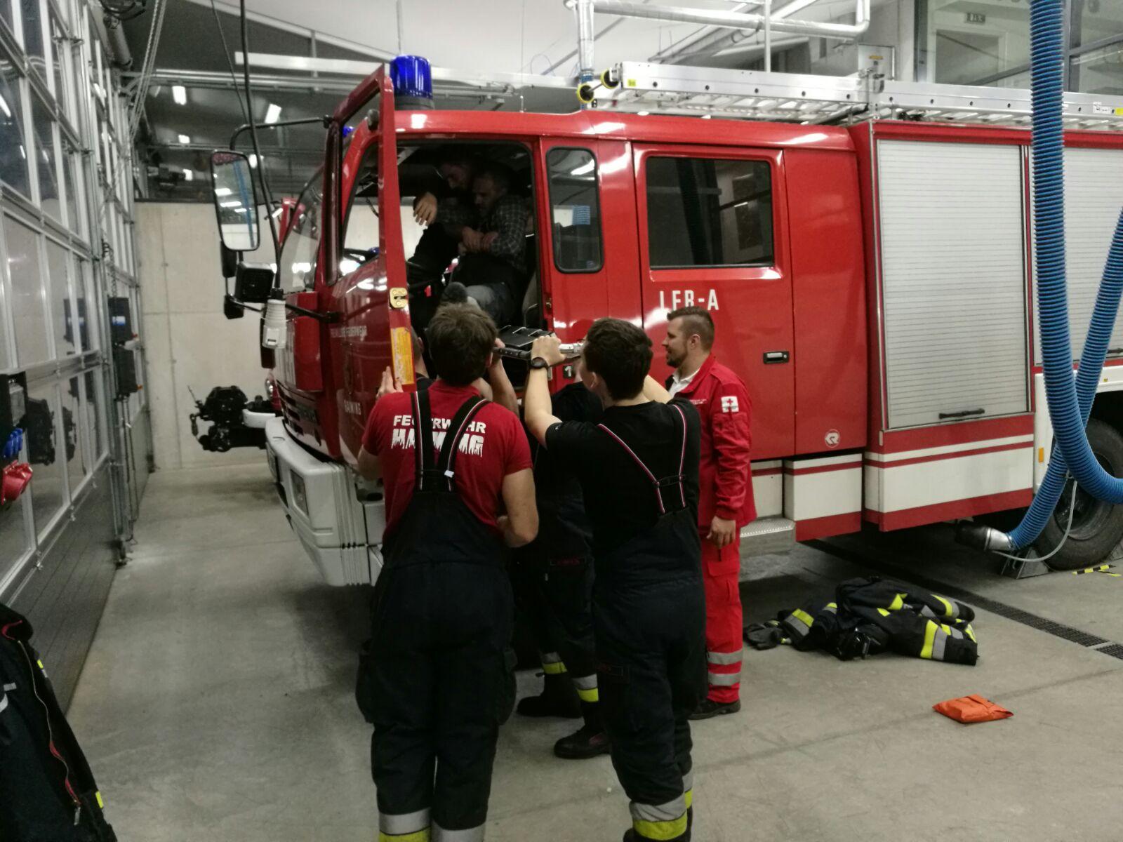 Übung mit dem Roten Kreuz – Feuerwehr Haiming